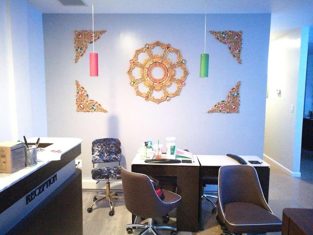 Dawa Threading Salon - hair care  | Photo 4 of 10 | Address: 30-13 30th Ave, Astoria, NY 11102, USA | Phone: (718) 721-7300