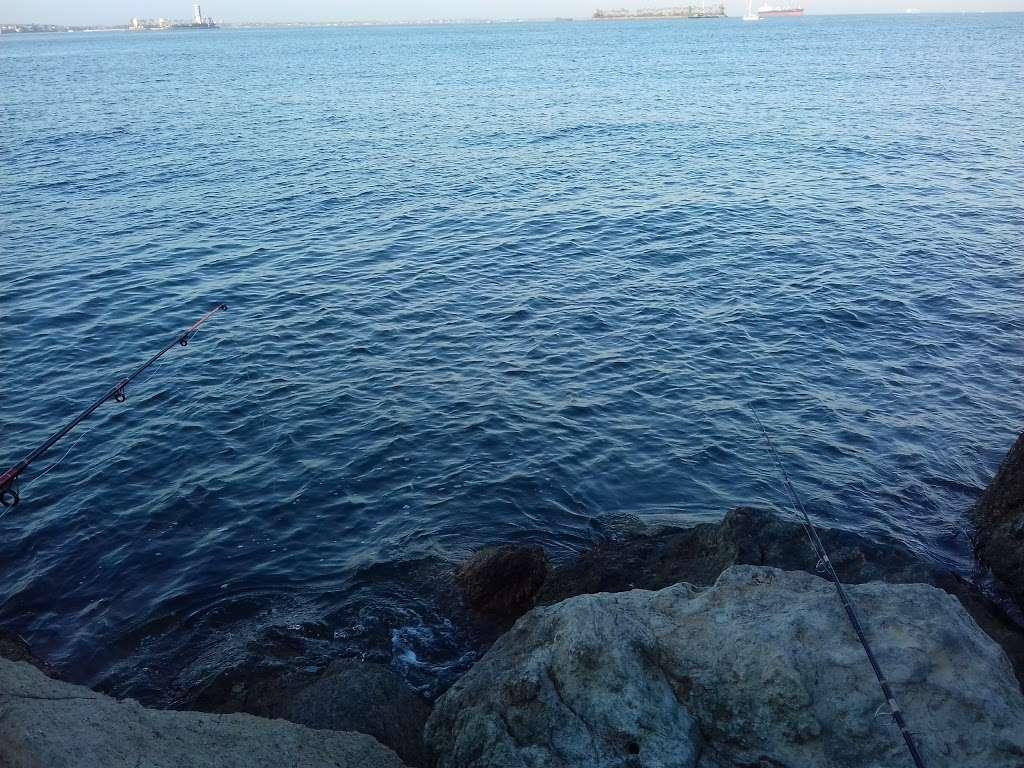Pier J - Fishing Spot - park  | Photo 8 of 10 | Address: Long Beach, CA 90802, USA
