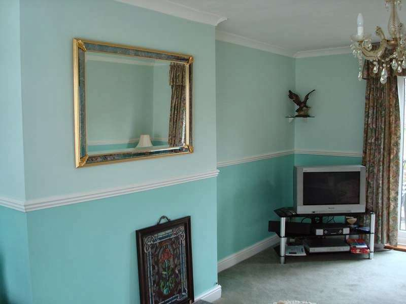 T.H Painting and Decorating Services - painter  | Photo 3 of 4 | Address: 76 Crows Rd, Epping CM16 5DH, UK | Phone: 07729 478340