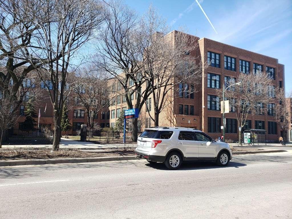 William H. Wells Community Academy High School - school  | Photo 4 of 10 | Address: 936 N Ashland Ave, Chicago, IL 60622, USA | Phone: (773) 534-7010