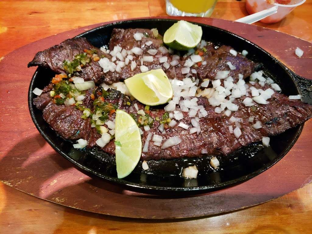 El Caporal - restaurant  | Photo 3 of 10 | Address: 341 Anderson Ave, Fairview, NJ 07022, USA | Phone: (501) 911-1256