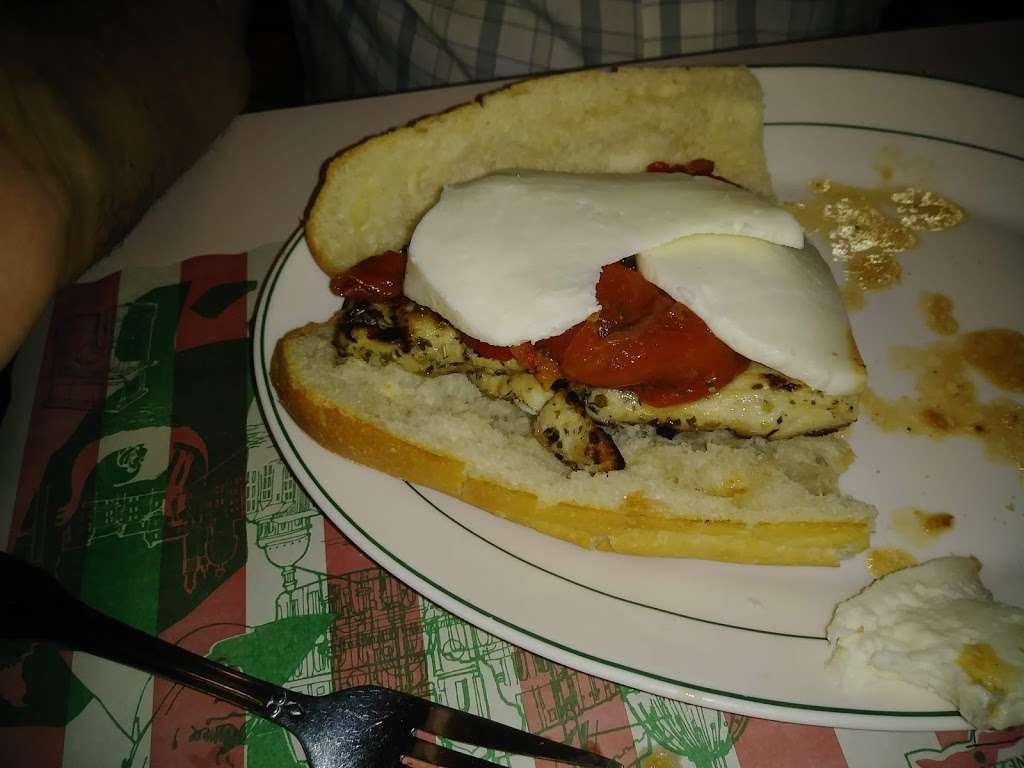 Franks Pizza - restaurant  | Photo 8 of 10 | Address: 2134 Flatbush Ave, Brooklyn, NY 11234, USA | Phone: (718) 377-8100