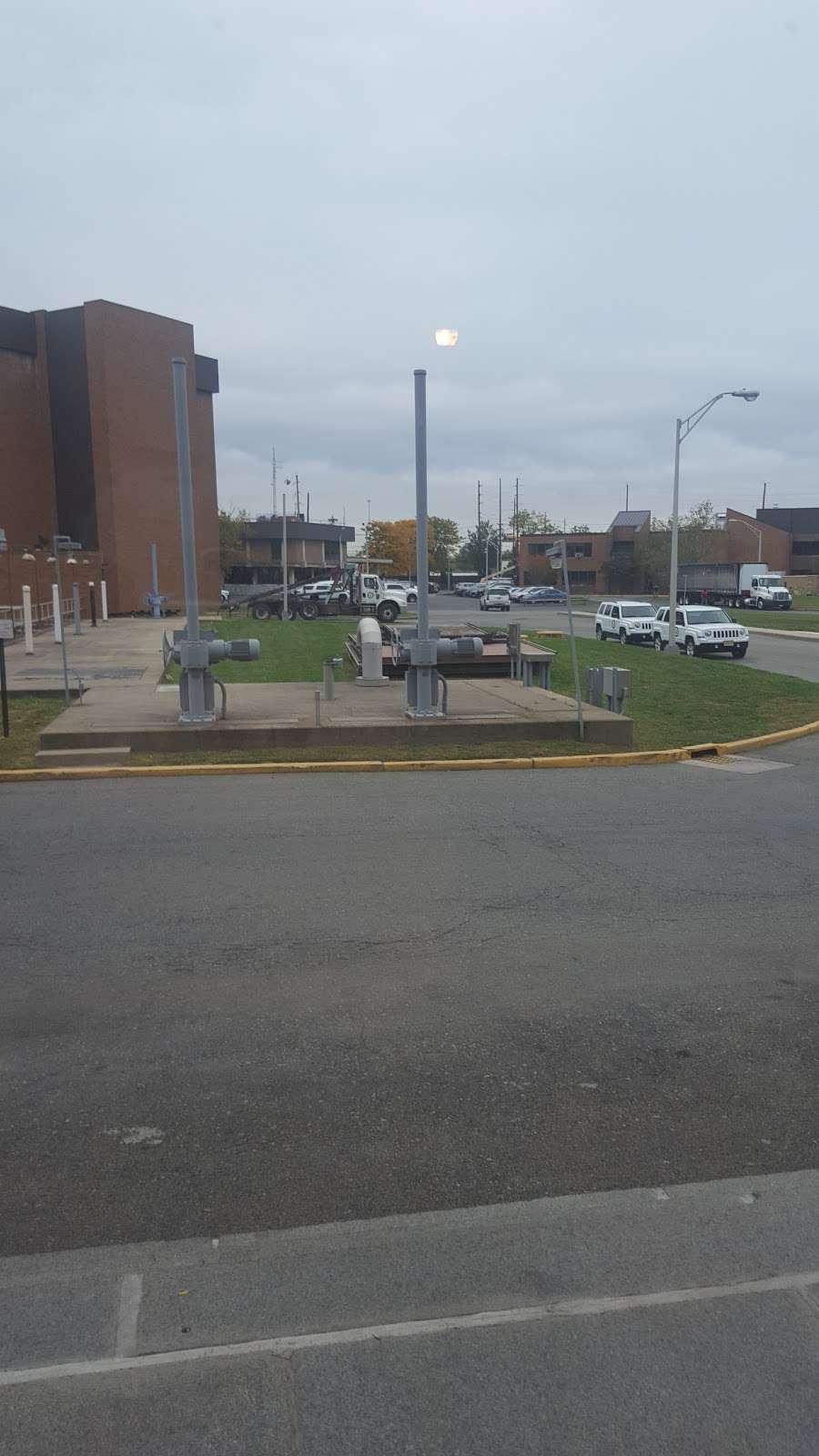 Passaic Vàlley - store  | Photo 4 of 6 | Address: 600 Wilson Ave, Newark, NJ 07105, USA | Phone: (973) 817-5858