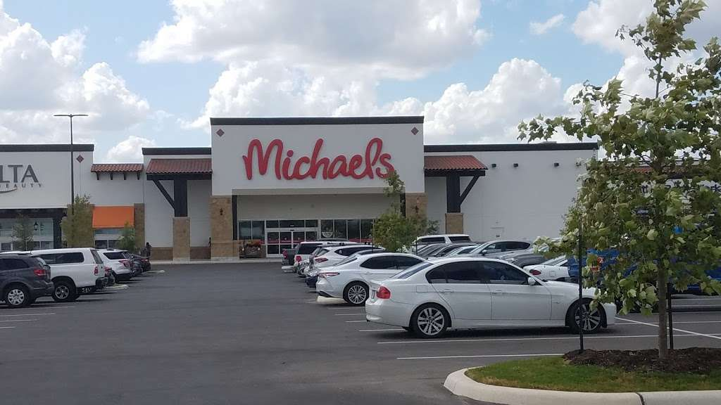 The Shops at Dove Creek - shopping mall    Photo 1 of 10   Address: 415 TX-1604 Loop, San Antonio, TX 78251, USA   Phone: (210) 660-3660