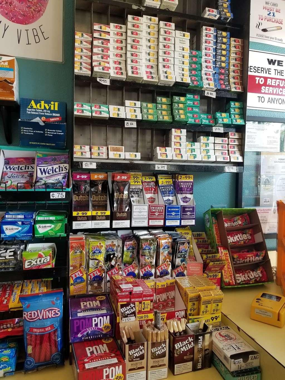 Masters Donuts - bakery  | Photo 9 of 10 | Address: 11637 Cherry Ave # 3, Fontana, CA 92337, USA | Phone: (909) 350-9544