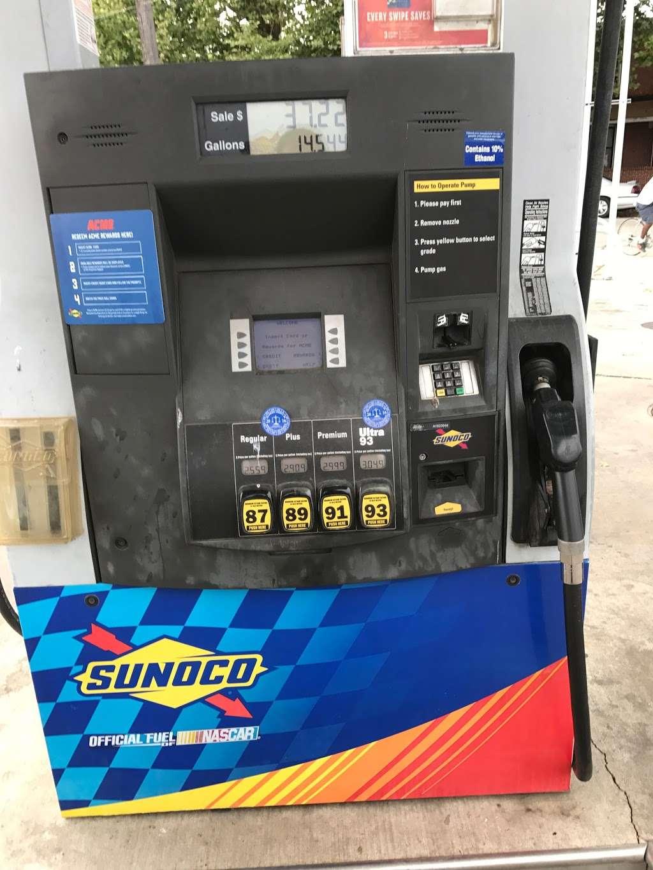 Sunoco Gas Station - gas station  | Photo 4 of 4 | Address: 2200 W 2nd St, Chester, PA 19013, USA | Phone: (610) 485-2327