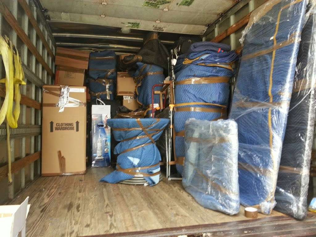S&D Moving and Storage Co. - moving company  | Photo 5 of 10 | Address: 400 E Gun Hill Rd, Bronx, NY 10467, USA | Phone: (646) 494-0232