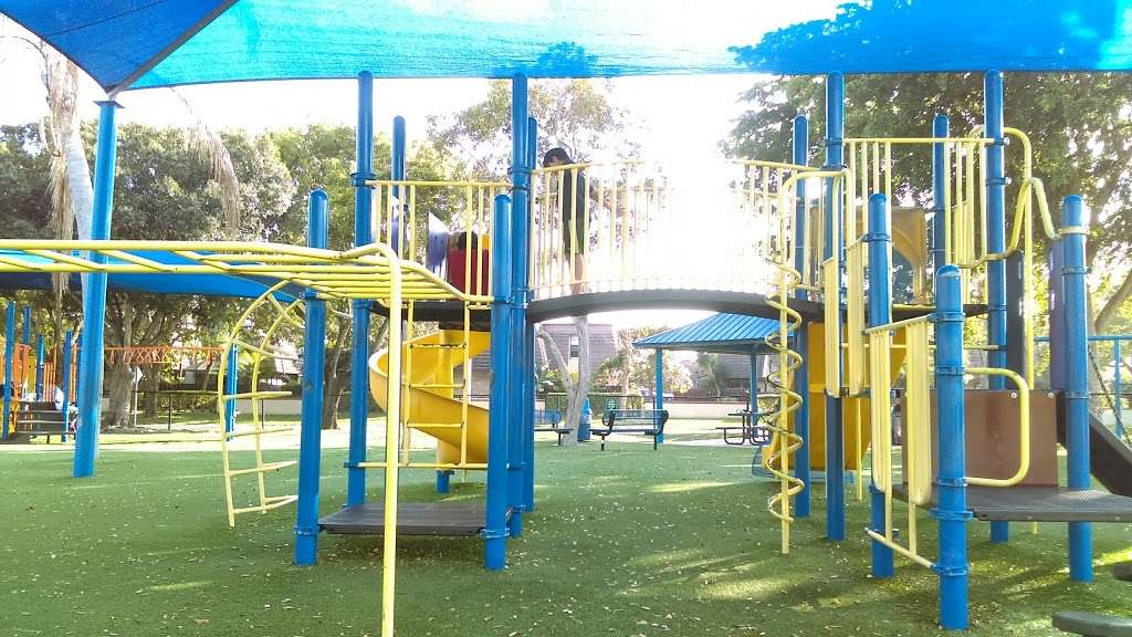 Mullins Hall - park  | Photo 4 of 10 | Address: 10150 NW 29th St, Coral Springs, FL 33065, USA | Phone: (954) 345-2200