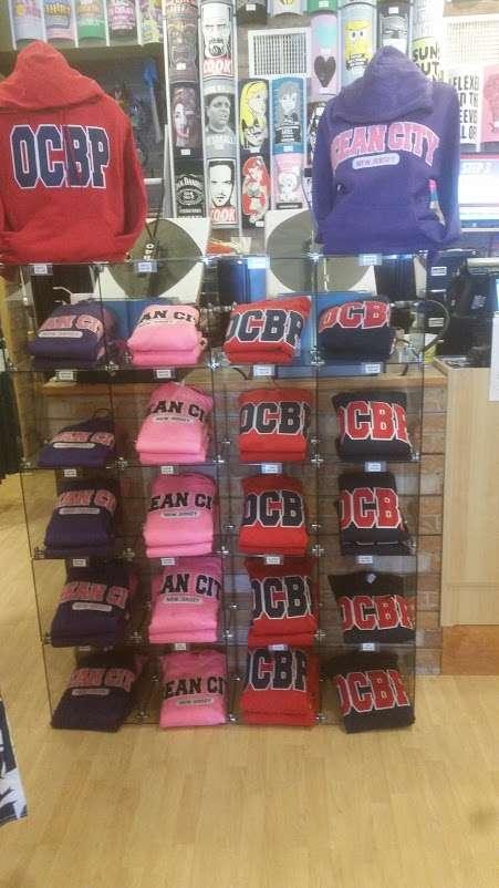 Jillys T-Shirt Factory, LLC - clothing store  | Photo 8 of 10 | Address: 762 Boardwalk, Ocean City, NJ 08226, USA | Phone: (609) 385-1234 ext. 2