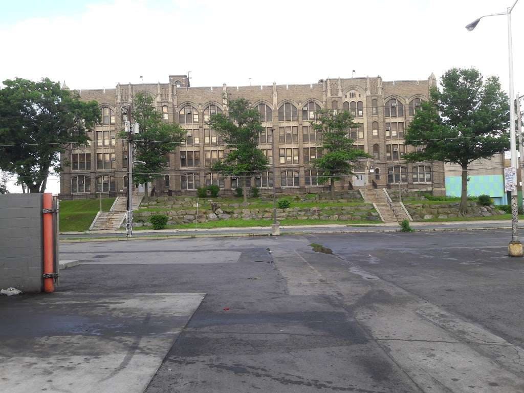 Olney Charter High School - school  | Photo 2 of 6 | Address: 100 E Duncannon Ave, Philadelphia, PA 19120, USA | Phone: (215) 456-3014