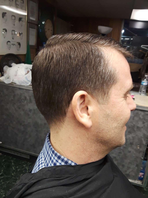 Joses Barber Shop - hair care  | Photo 1 of 10 | Address: 1317, 2006A Southmore Ave, Pasadena, TX 77502, USA | Phone: (832) 322-0981