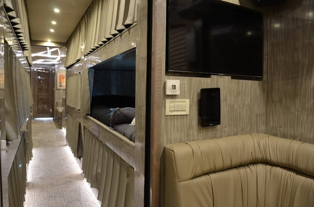 Staley Bus Sales - car dealer  | Photo 6 of 10 | Address: 933 A E Old Hickory Blvd, Madison, TN 37115, USA | Phone: (615) 860-9485