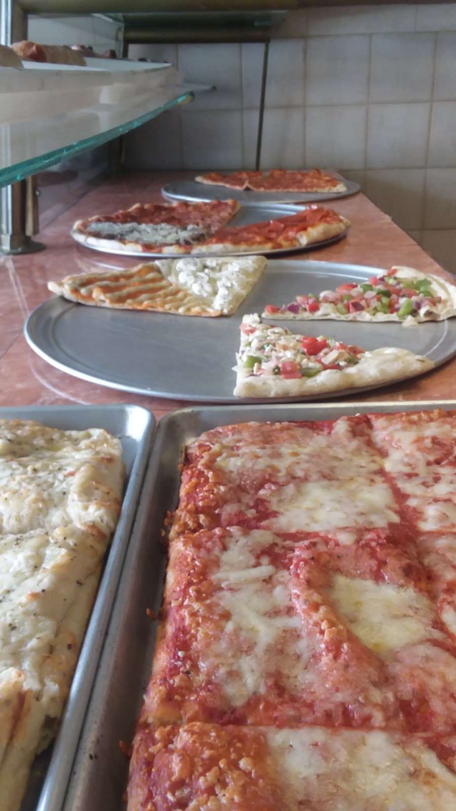 Prima Pizza - restaurant    Photo 9 of 10   Address: 328 Avenue B A, Bayonne, NJ 07002, USA   Phone: (201) 339-3100