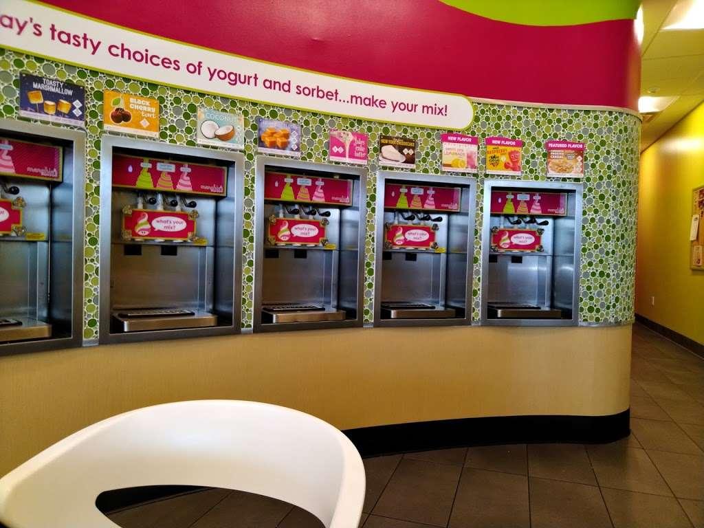 Menchies Frozen Yogurt - bakery  | Photo 2 of 10 | Address: 4533 E Sam Houston Pkwy S, Pasadena, TX 77505, USA | Phone: (281) 741-0369