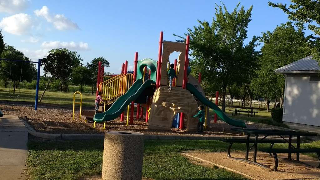 Fry Road Park - park  | Photo 1 of 10 | Address: 19818 Franz Rd, Katy, TX 77449, USA | Phone: (281) 496-2177