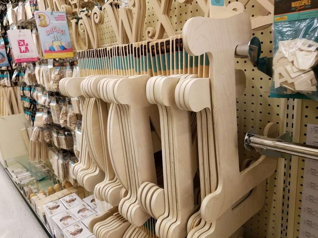 Hobby Lobby - home goods store  | Photo 10 of 10 | Address: 1966 Prairie Center Pkwy, Brighton, CO 80601, USA | Phone: (303) 659-1000