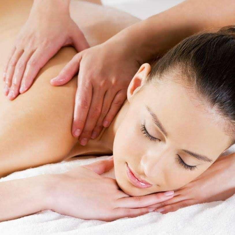 Oasis Skin Care - spa  | Photo 4 of 8 | Address: 281 Summerhill Rd #106, East Brunswick, NJ 08816, USA | Phone: (732) 254-5500