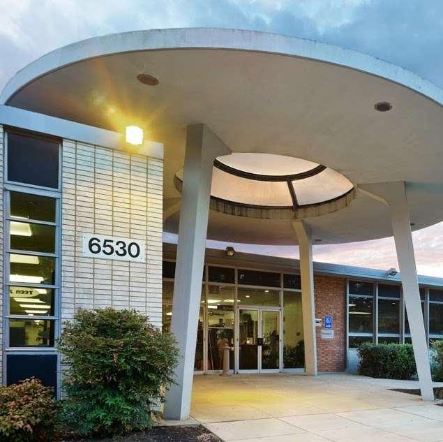 Hyattsville Branch Library, PGCMLS - library  | Photo 3 of 10 | Address: 6502 America Blvd, Hyattsville, MD 20782, USA | Phone: (301) 985-4690