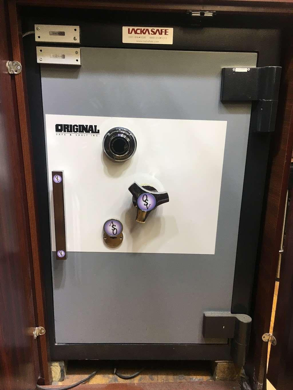 ACM Locksmith - locksmith  | Photo 2 of 8 | Address: 347 E 104th St b, New York, NY 10029, USA | Phone: (646) 931-0298