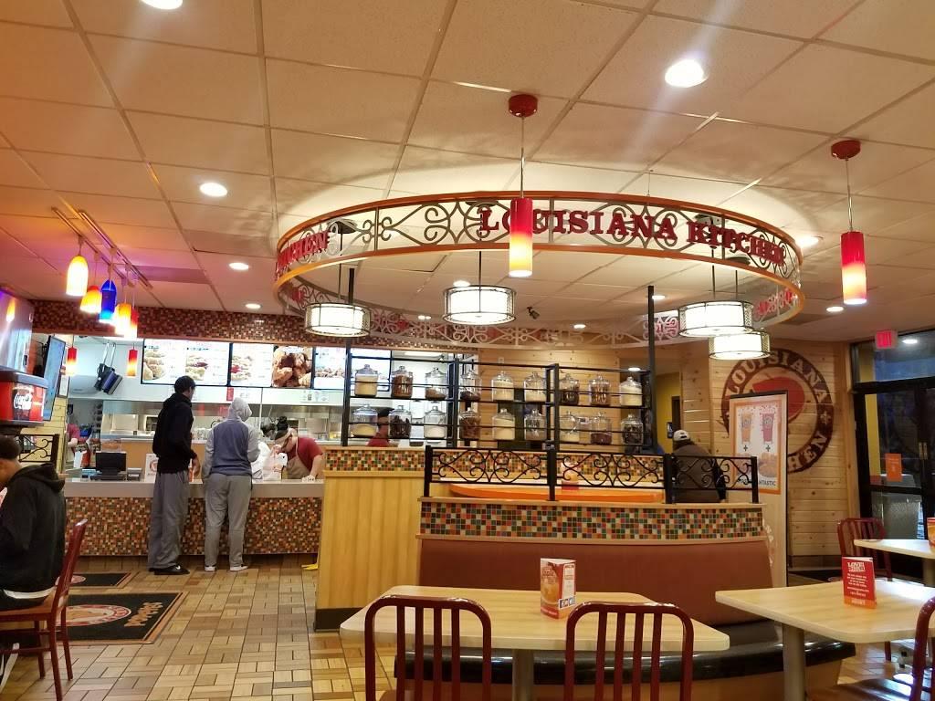 Popeyes Louisiana Kitchen - restaurant  | Photo 4 of 7 | Address: 901 El Camino Ave, Sacramento, CA 95815, USA | Phone: (916) 564-2778