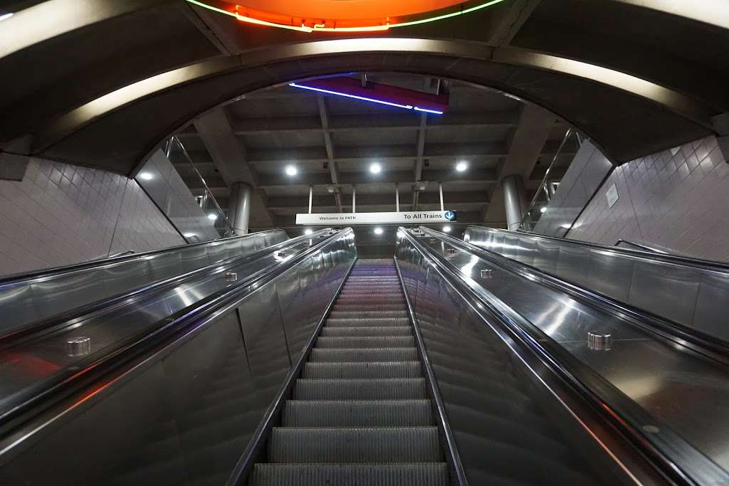 Exchange Place - transit station    Photo 2 of 7   Address: Jersey City, NJ 07302, USA
