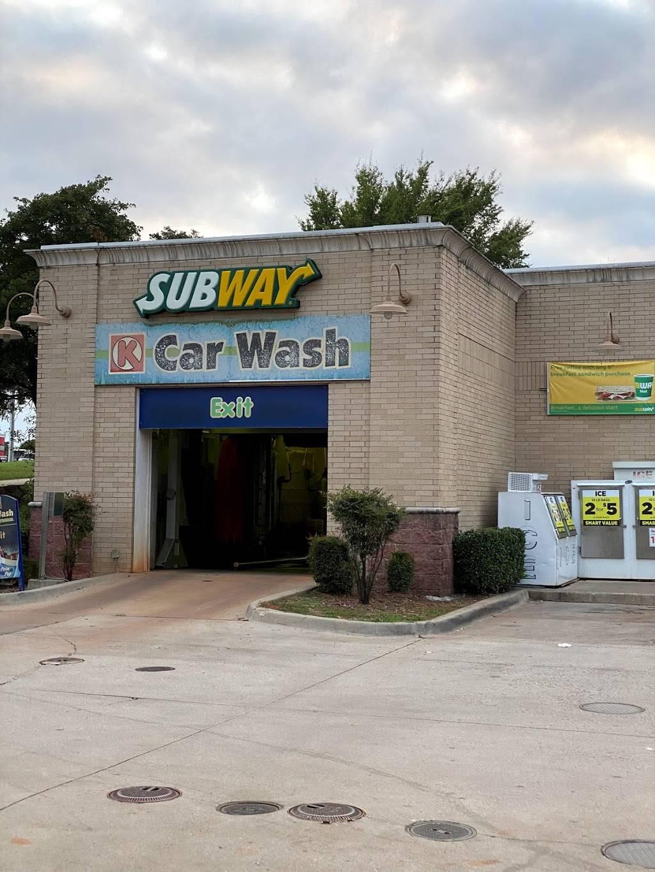 Subway - meal takeaway  | Photo 1 of 3 | Address: 1475 W I- 35 Frontage Rd, Edmond, OK 73034, USA | Phone: (405) 340-0356