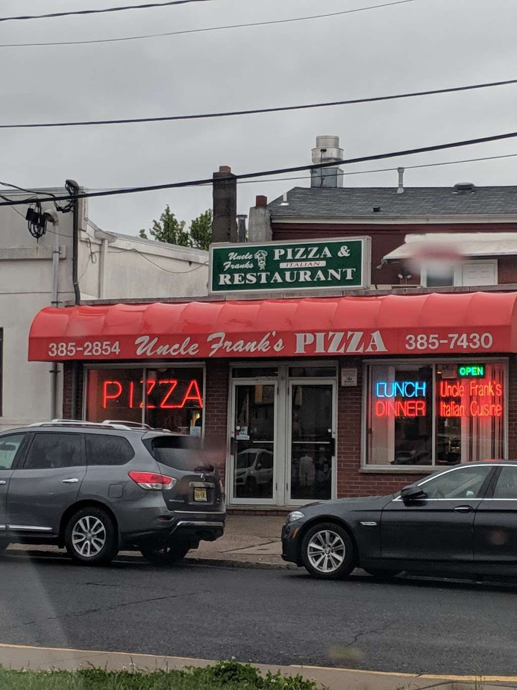 Uncle Franks Pizza - meal delivery  | Photo 3 of 10 | Address: 140 Veterans Plaza, Dumont, NJ 07628, USA | Phone: (201) 385-2854