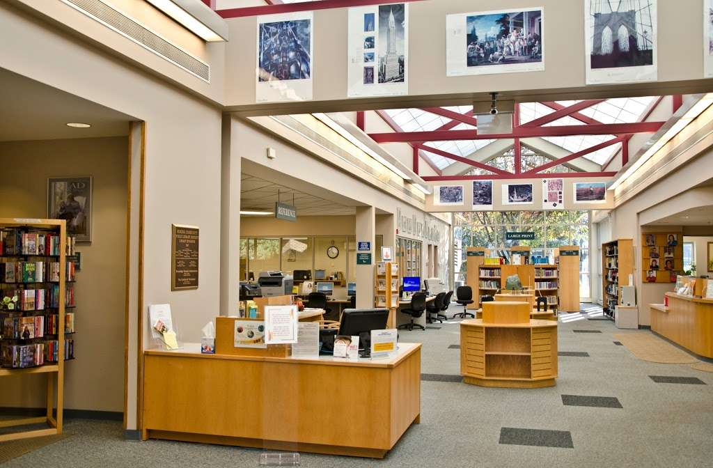 Mokena Community Public Library District - library  | Photo 1 of 10 | Address: 11327 195th St, Mokena, IL 60448, USA | Phone: (708) 479-9663