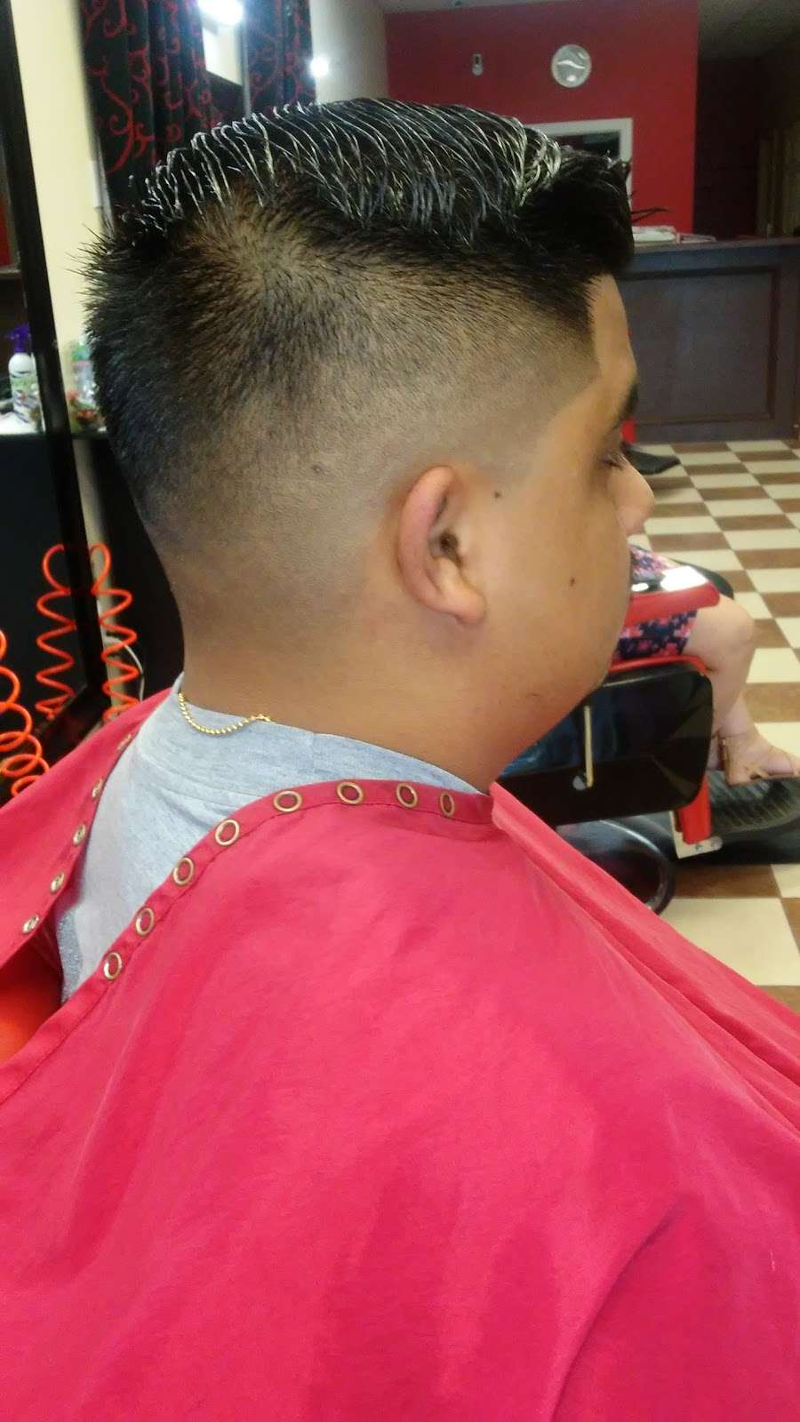 new style salon and barbershop - hair care  | Photo 9 of 10 | Address: 917 Greens Rd, Houston, TX 77060, USA | Phone: (281) 873-2121
