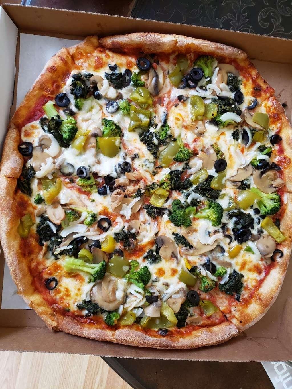 Stadium Pizza - restaurant  | Photo 1 of 10 | Address: 321 NJ-440, Jersey City, NJ 07305, USA | Phone: (201) 434-0100