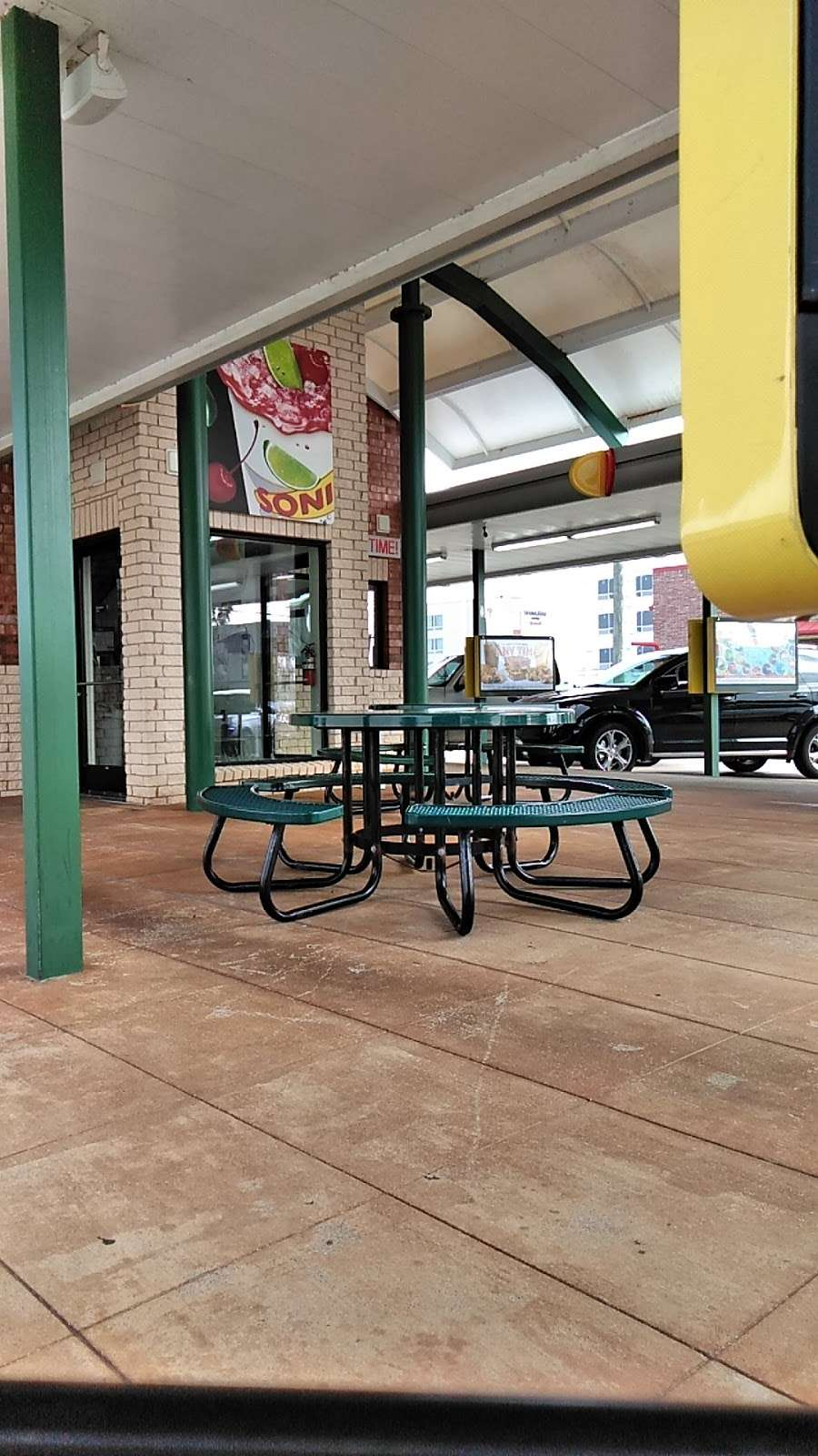 Sonic Drive-In - store  | Photo 3 of 10 | Address: 7360 Garth Rd, Baytown, TX 77521, USA | Phone: (281) 421-4763