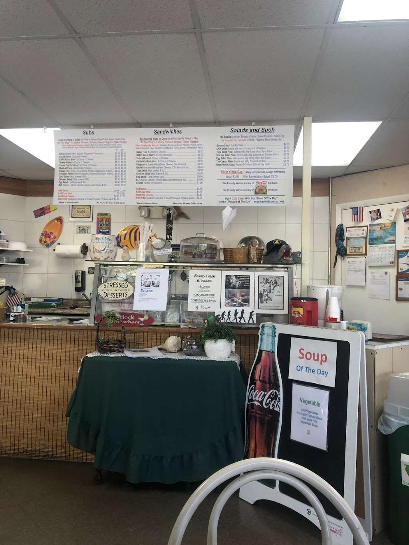 Dog Sled Deli - restaurant  | Photo 2 of 5 | Address: 3711 SW 47th Ave #208, Davie, FL 33314, USA | Phone: (954) 585-0588