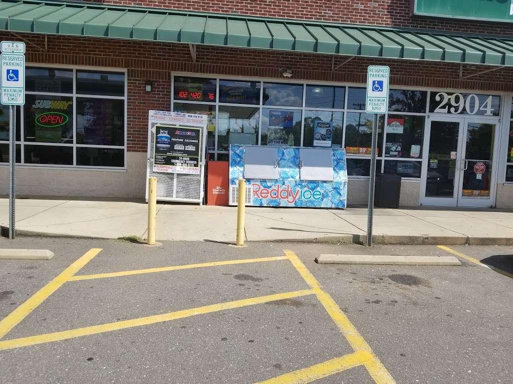 BP - gas station  | Photo 5 of 10 | Address: 2904 Yorkmont Rd, Charlotte, NC 28208, USA | Phone: (704) 329-1417