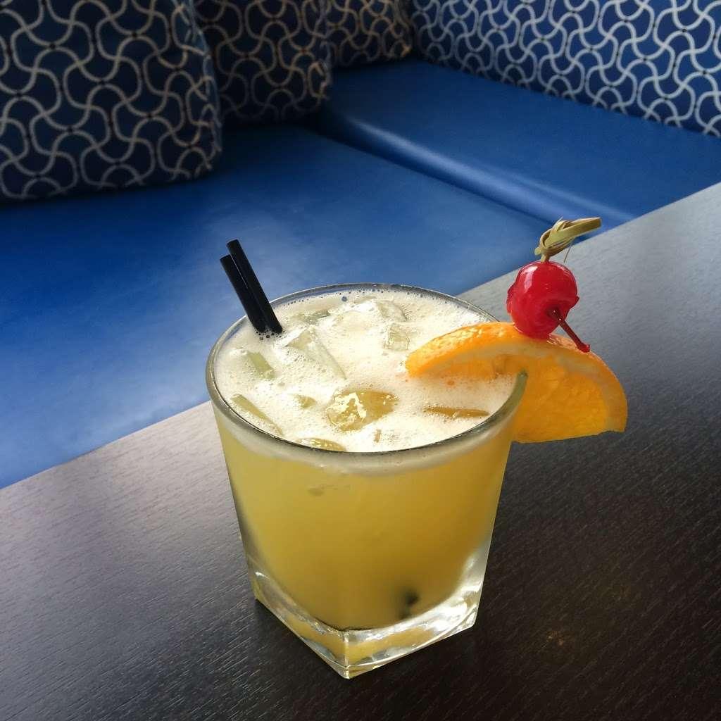 The Star Beach Bar - NJ Beach Bar - restaurant  | Photo 7 of 10 | Address: 402 E Rochester Ave, Wildwood, NJ 08260, USA | Phone: (609) 224-1124