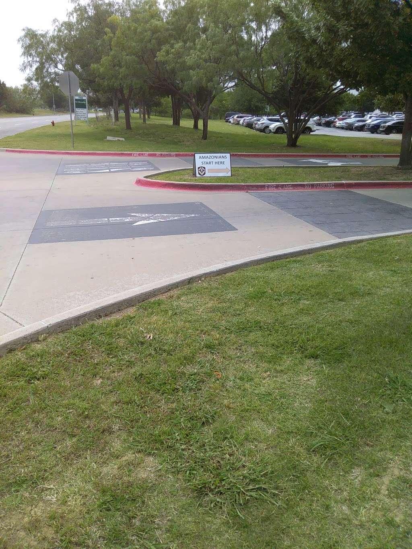 Amazon Fulfillment Center DFW8 - storage    Photo 2 of 10   Address: 2700 Regent Blvd, Irving, TX 75063, USA