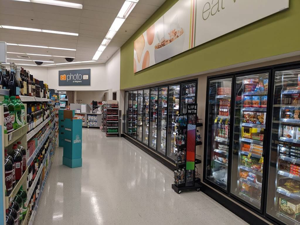 Walgreens - convenience store  | Photo 4 of 10 | Address: 9325 Parkway E, Birmingham, AL 35215, USA | Phone: (205) 833-6882