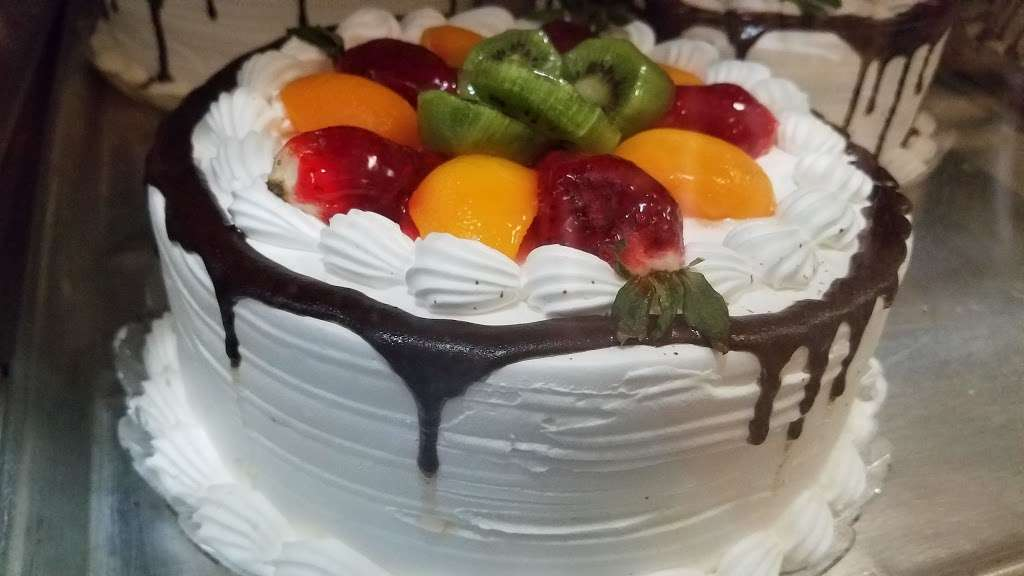 Cafe Con Pan - bakery  | Photo 4 of 10 | Address: 137 Port Richmond Ave, Staten Island, NY 10302, USA | Phone: (347) 352-7098