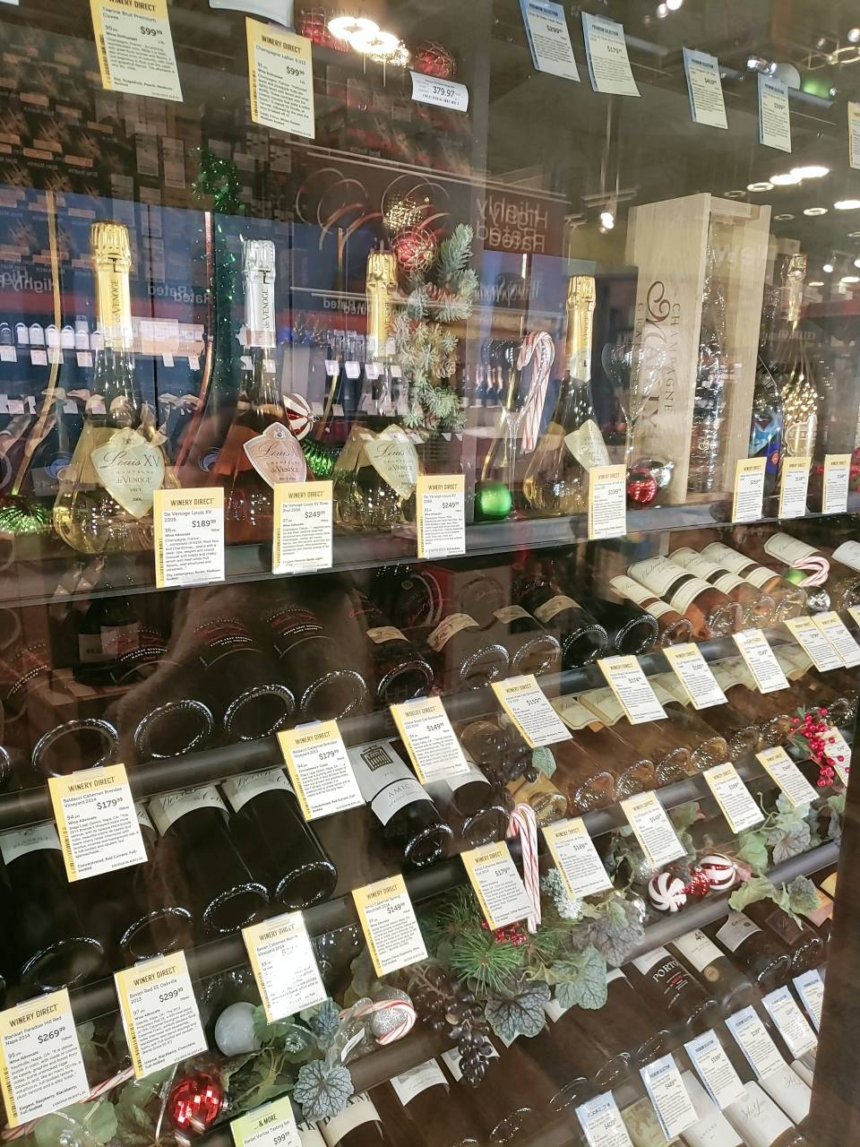 Total Wine & More - store  | Photo 8 of 9 | Address: Towne Center, 7400 Carson Blvd, Long Beach, CA 90808, USA | Phone: (562) 420-2018