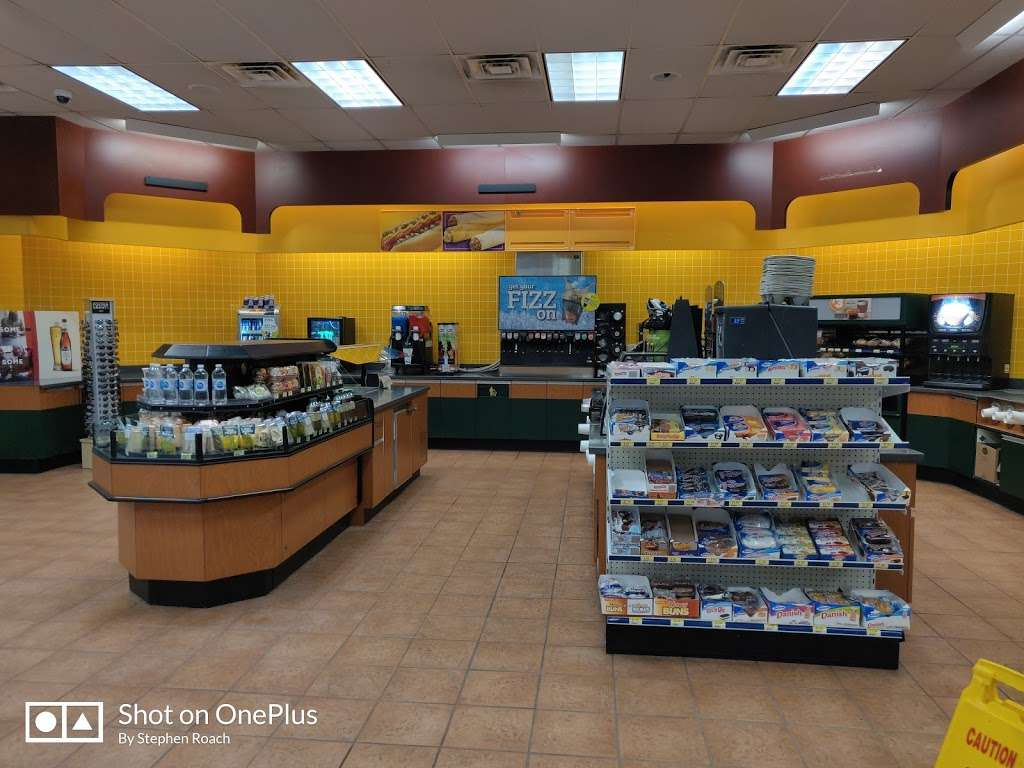 Alltown - convenience store  | Photo 2 of 3 | Address: 242 Amherst St, Nashua, NH 03063, USA | Phone: (603) 883-0405