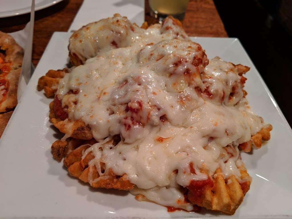 The Cornerstone Restaurant & Bar - restaurant  | Photo 8 of 10 | Address: 84 Broadway, Hillsdale, NJ 07642, USA | Phone: (201) 666-8688