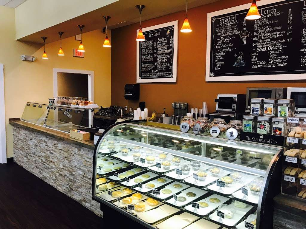 Royal Cafe & Creamery - cafe  | Photo 3 of 10 | Address: 11307 Manklin Creek Rd, Ocean Pines, MD 21811, USA | Phone: (410) 208-6200