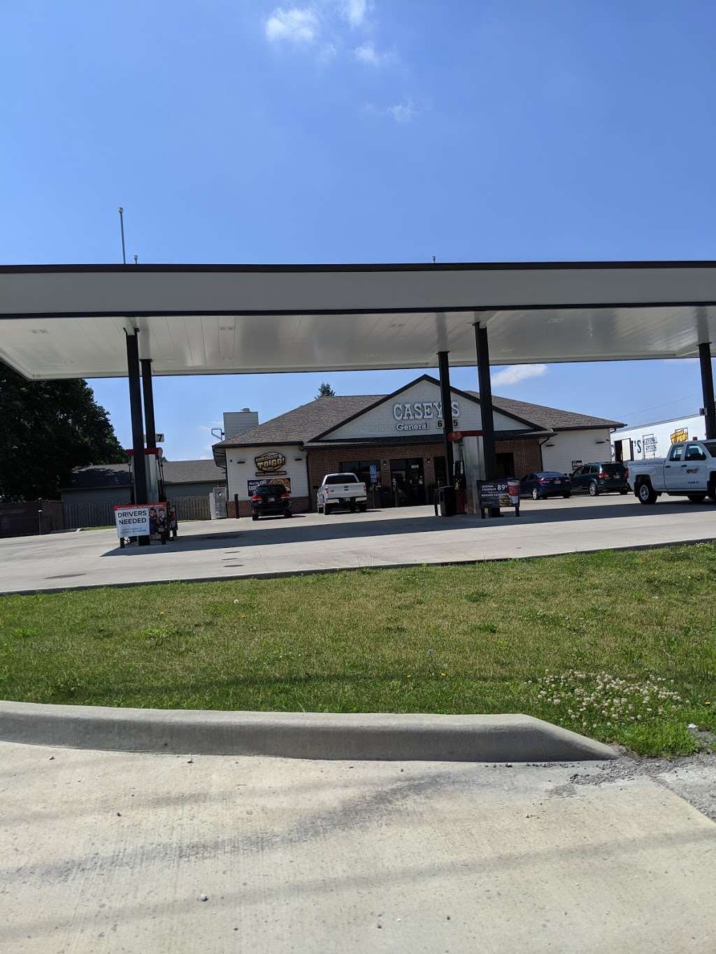 Caseys - gas station    Photo 4 of 10   Address: 9011 E 00 N S, Greentown, IN 46936, USA   Phone: (765) 628-7422