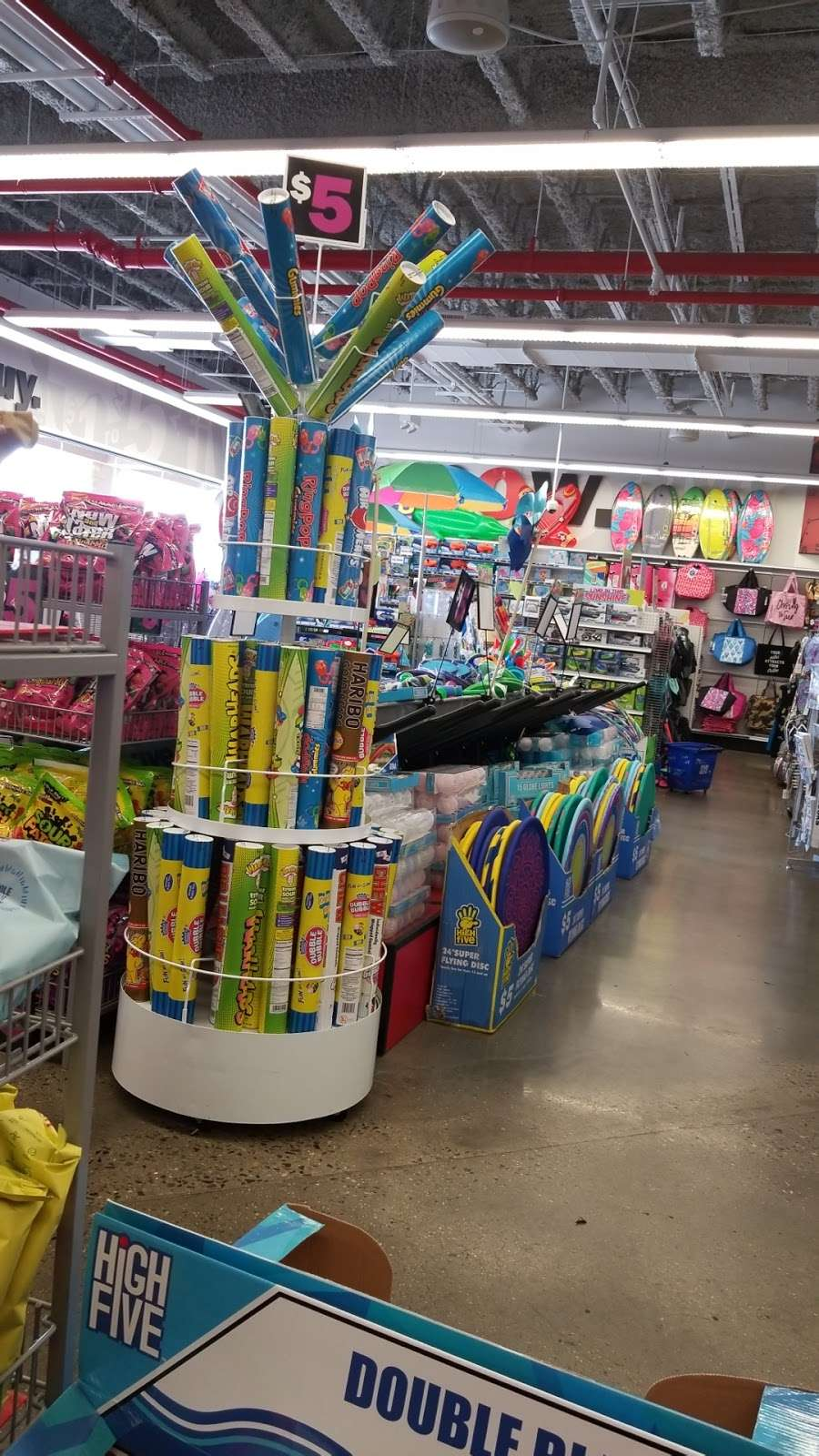 Five Below - store  | Photo 7 of 10 | Address: 2156 Bartow Ave, Bronx, NY 10475, USA | Phone: (718) 671-1694