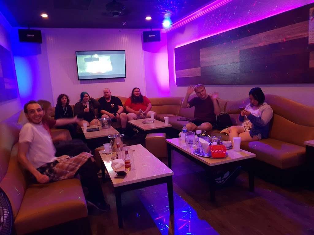 GoGo Karaoke - night club  | Photo 8 of 10 | Address: 4550 Maryland Parkway #18, Las Vegas, NV 89119, USA | Phone: (702) 739-9011