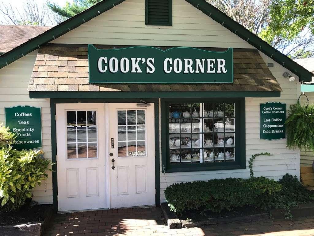 Cooks Corner in Smithville NJ - cafe  | Photo 3 of 10 | Address: 3 N New York Rd, Galloway, NJ 08205, USA | Phone: (609) 748-9030