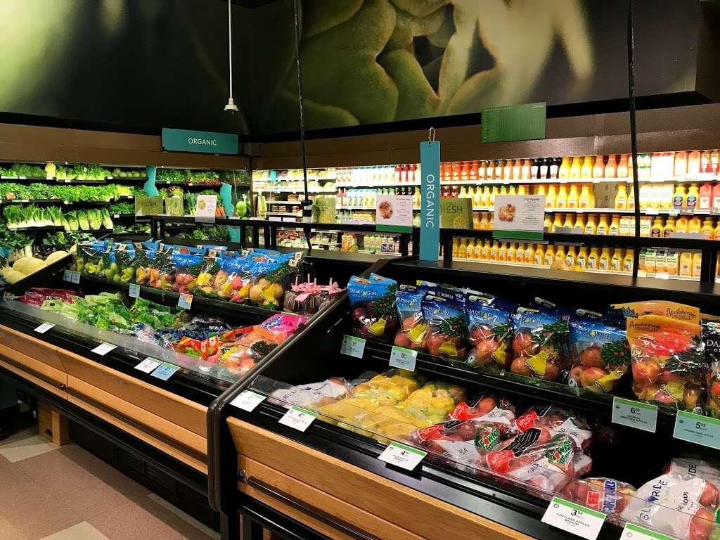 Publix Super Market at Steele Creek Crossing - supermarket    Photo 1 of 10   Address: 12810 S Tryon St, Charlotte, NC 28273, USA   Phone: (704) 587-0339