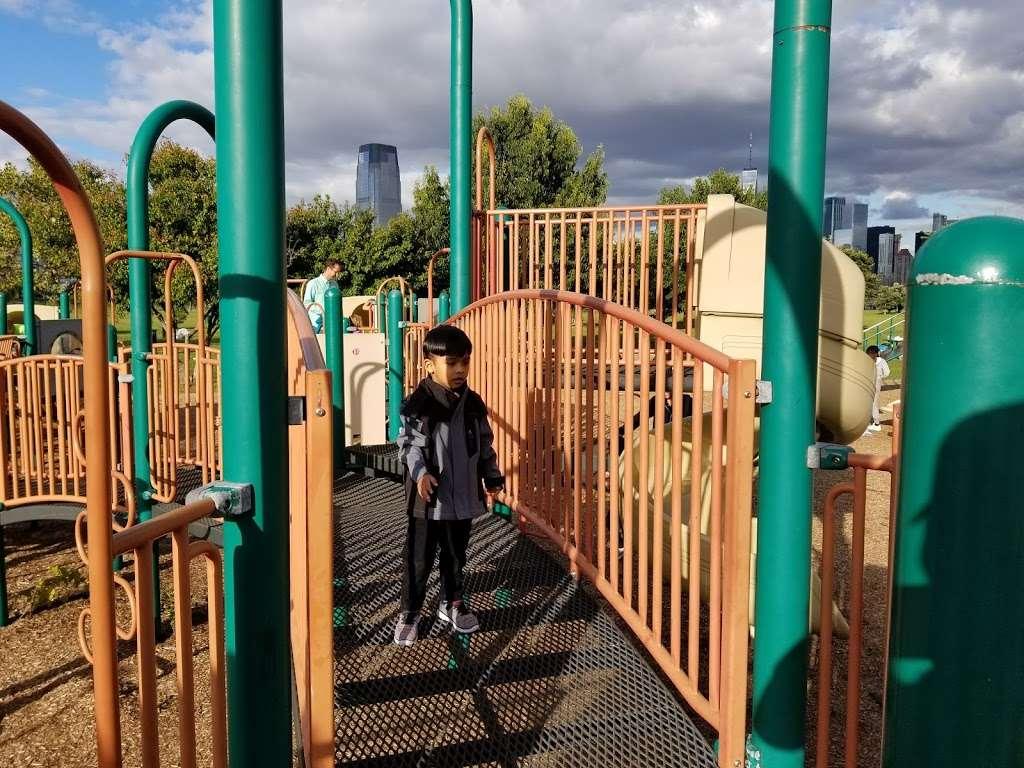 Childrens Play Area - park  | Photo 6 of 10 | Address: Jersey City, NJ 07305, USA