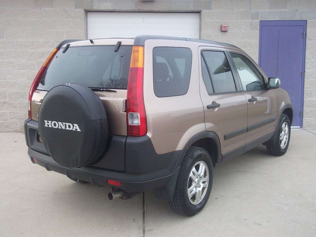 R C Auto Sales - car dealer    Photo 4 of 10   Address: 1701 S Tibbs Ave, Indianapolis, IN 46241, USA   Phone: (317) 247-0170