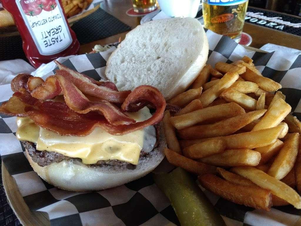 Aders Tavern - restaurant  | Photo 6 of 10 | Address: 1321 Florence Ave, Union Beach, NJ 07735, USA | Phone: (732) 888-1634