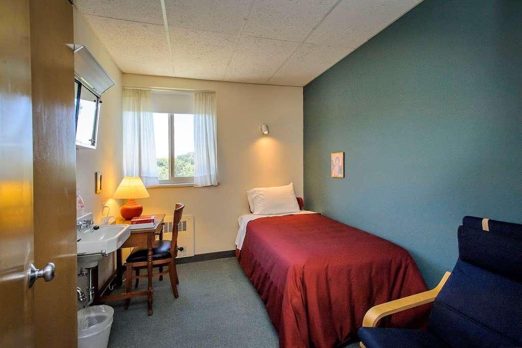 Mercy Center Burlingame - health  | Photo 1 of 10 | Address: 2300 Adeline Dr, Burlingame, CA 94010, USA | Phone: (650) 340-7474